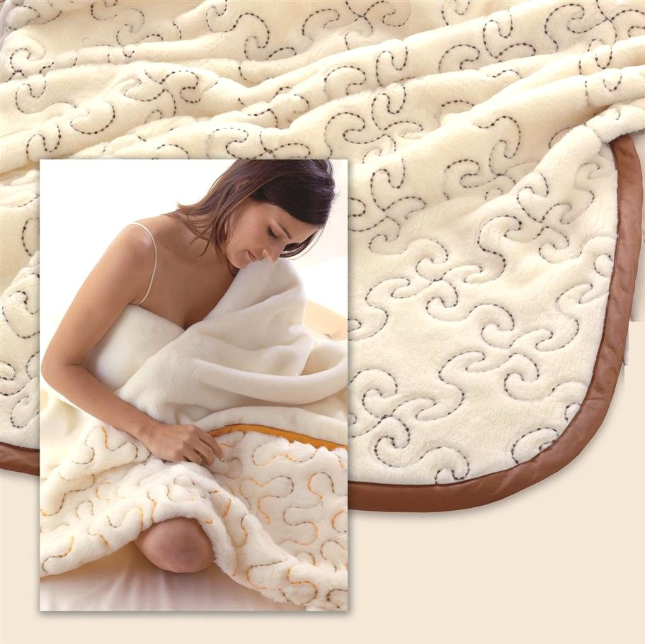 Strand of Wool Blanket double bed size. BROWN
